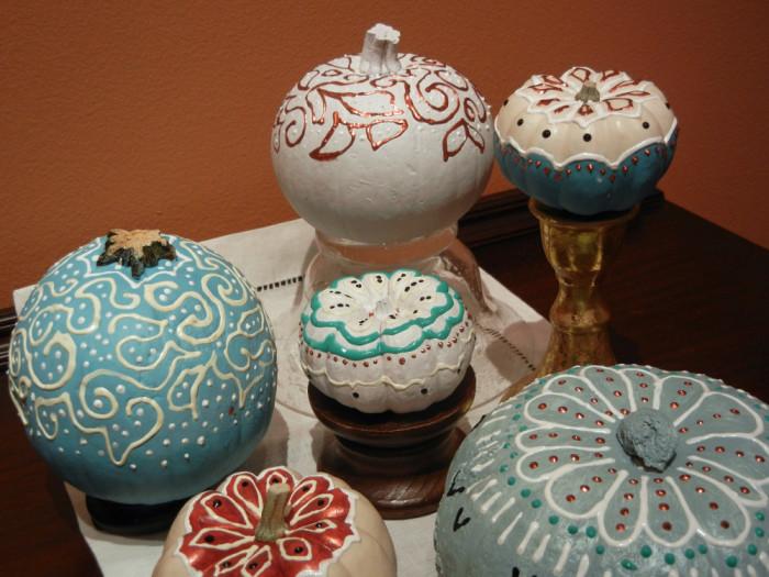 Lovely painted pumpkins by Ellen Lindner. AdventureQuilter.com/blog